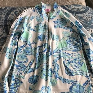 Lilly Pulitzer popover in Barefoot princess
